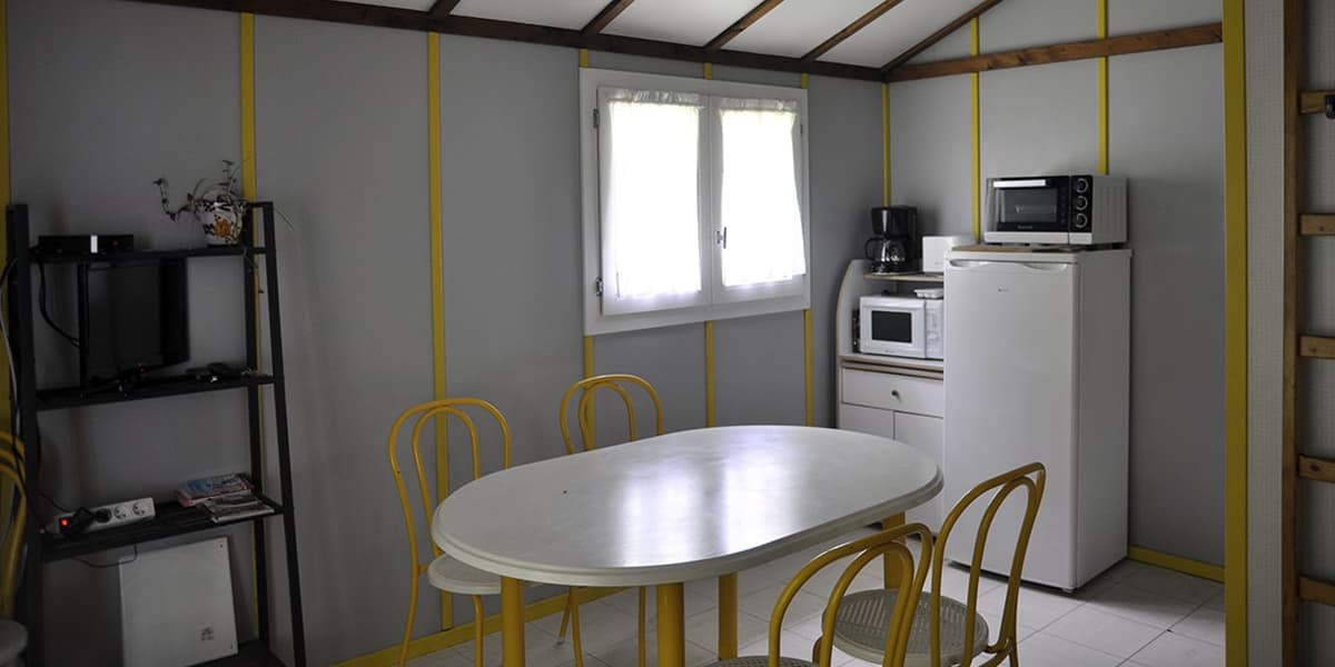 camping-couledous-hebergement-galerie-chalet-5-7-4-min