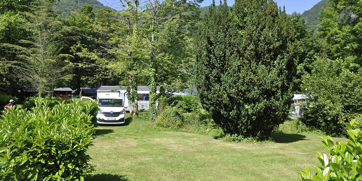 camping-couledous-hebergement-galerie-emplacement-11-min
