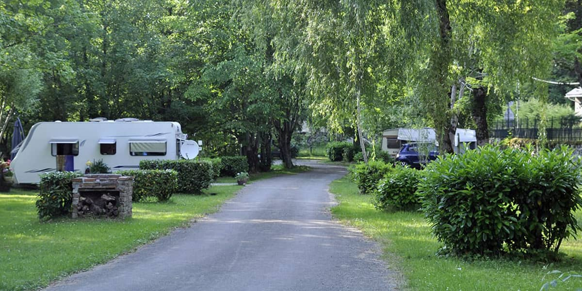 camping-couledous-hebergement-galerie-emplacement-4-min