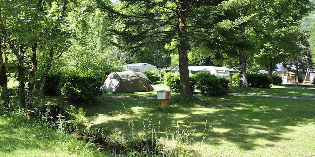 camping-couledous-hebergement-galerie-emplacement-9-min