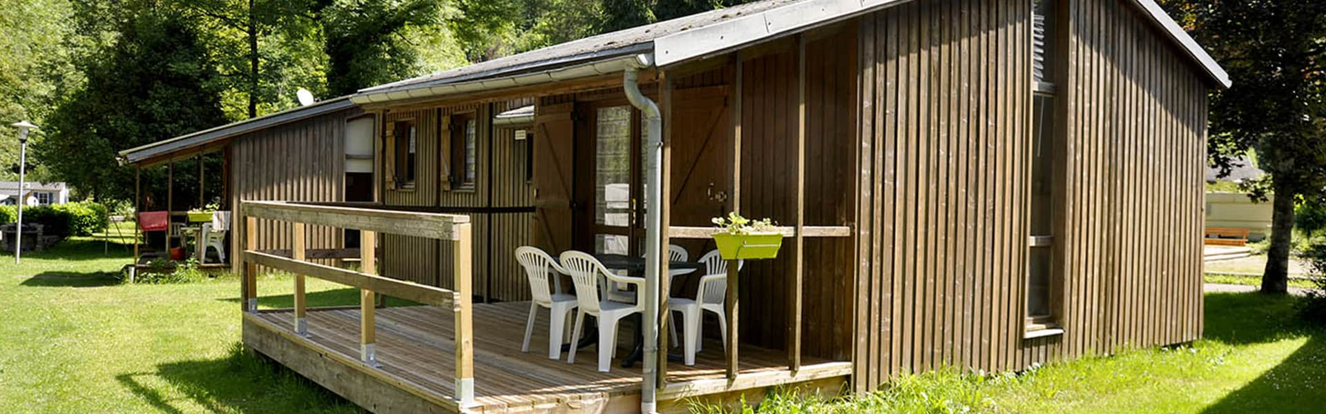 camping-couledous-bandeau-accueil-chalet-4-6-min
